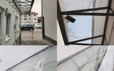 Reinigung einer Überdachung/ eines Vordachs (Vorher/Nachher)